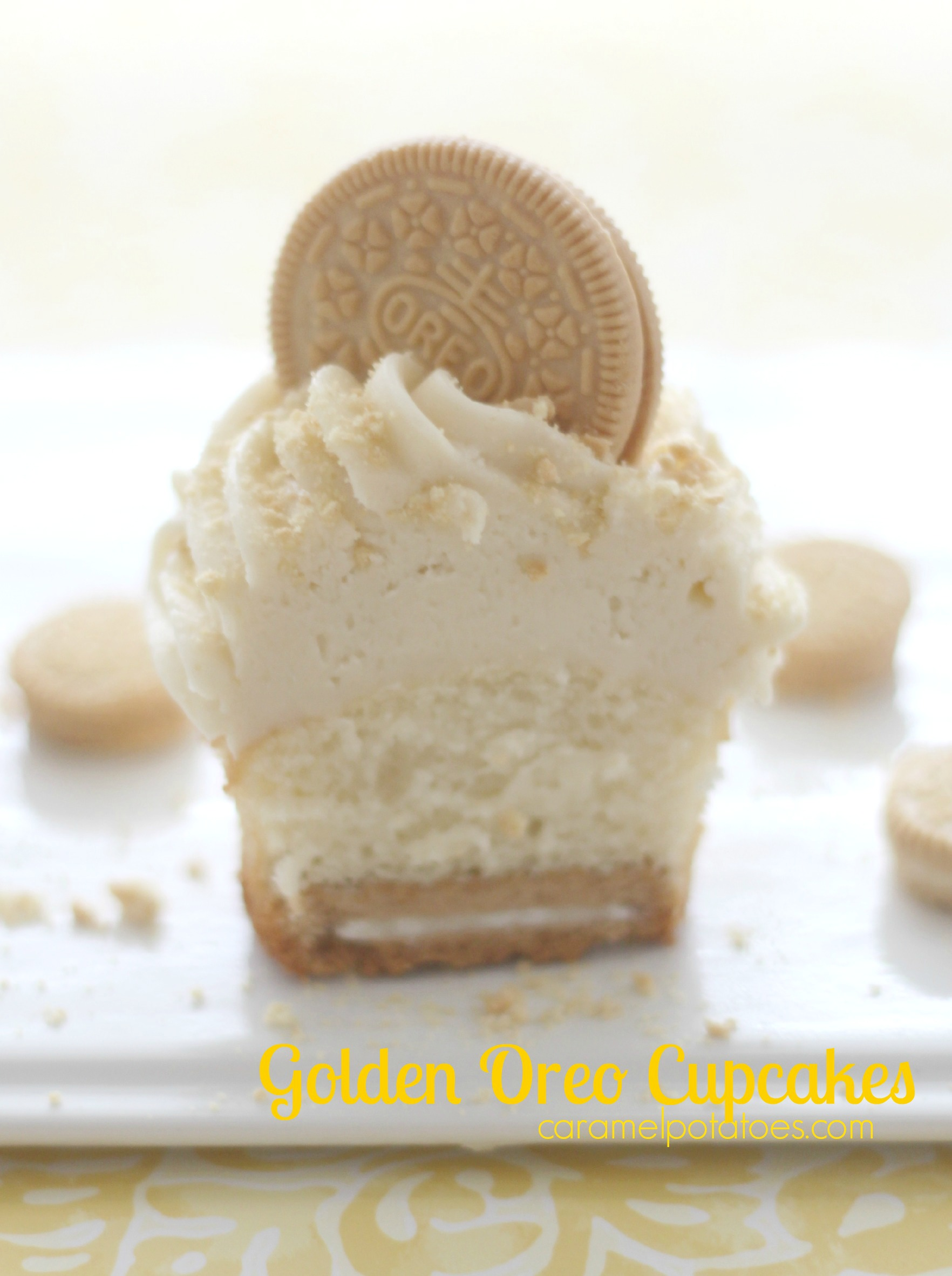 Golden Oreo Cupcakes Based on the oreo cookie with